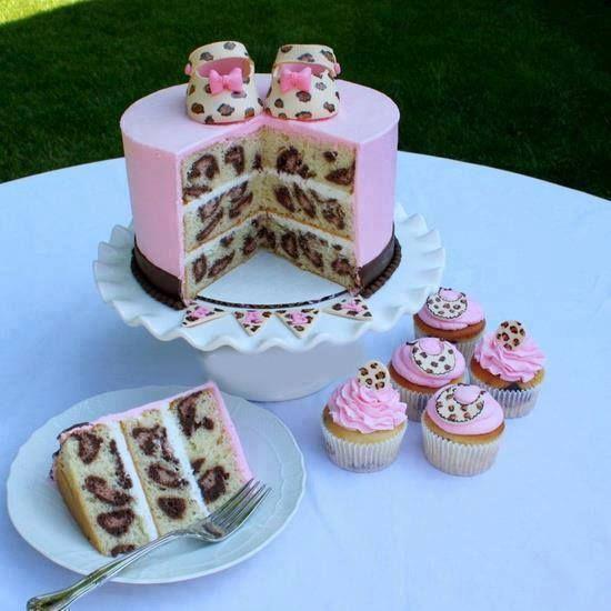 bolo para cha de bebe animal print