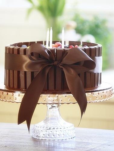kit kat tradicional bolo