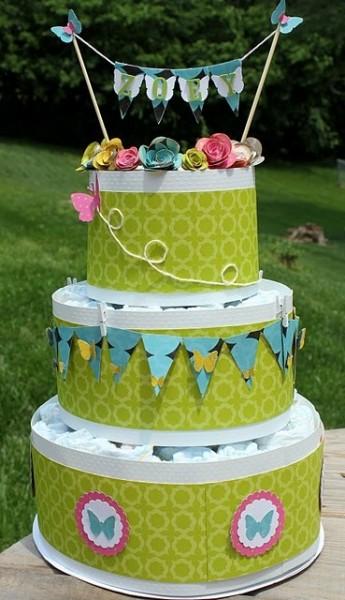 bolo de fraldas com papel
