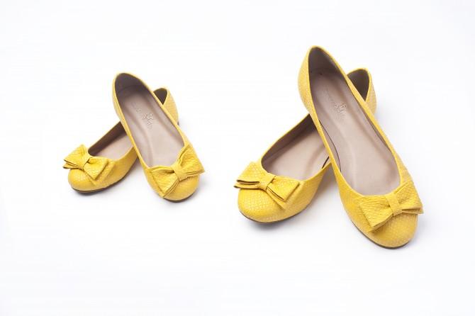 mae_e_filha_linha_cores_amarela