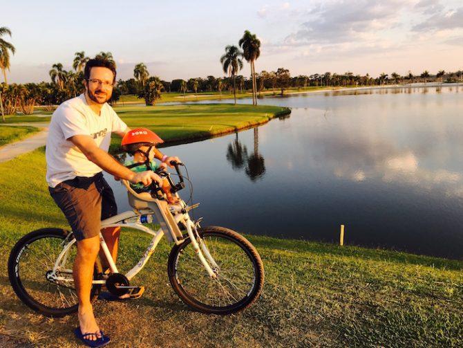 hotel paradise bicicleta