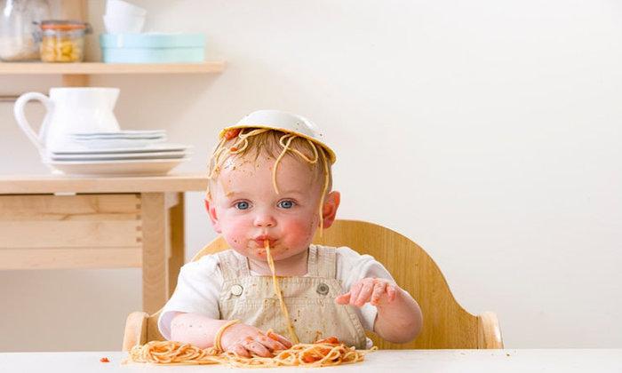 Leite e ovo: as possíveis alergias alimentares na infância