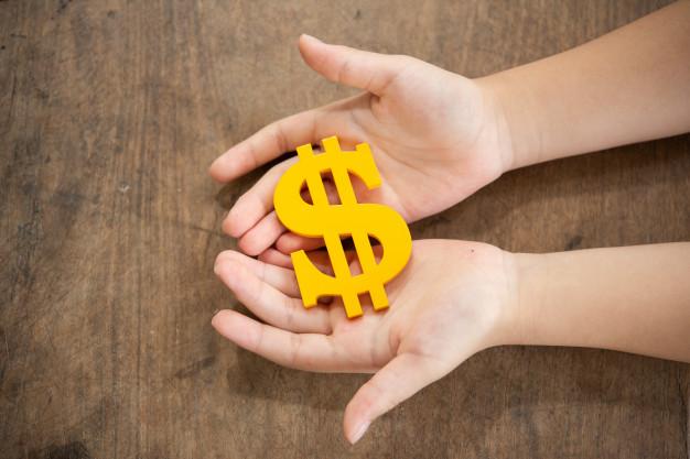 dicas para economizar no mês das crianças