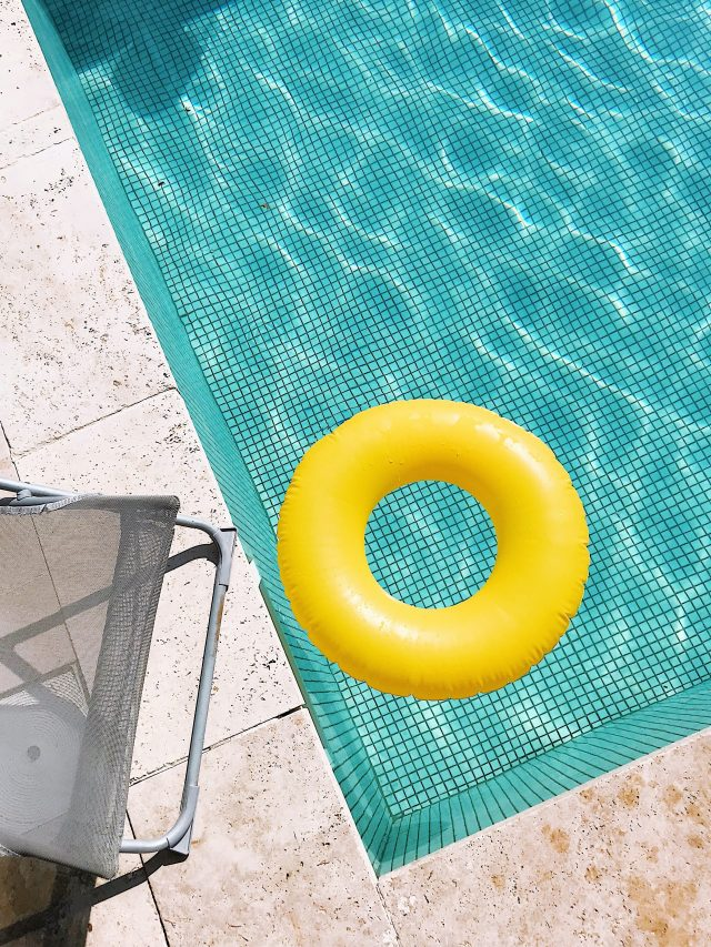 Bebês na piscina – que cuidados tomar